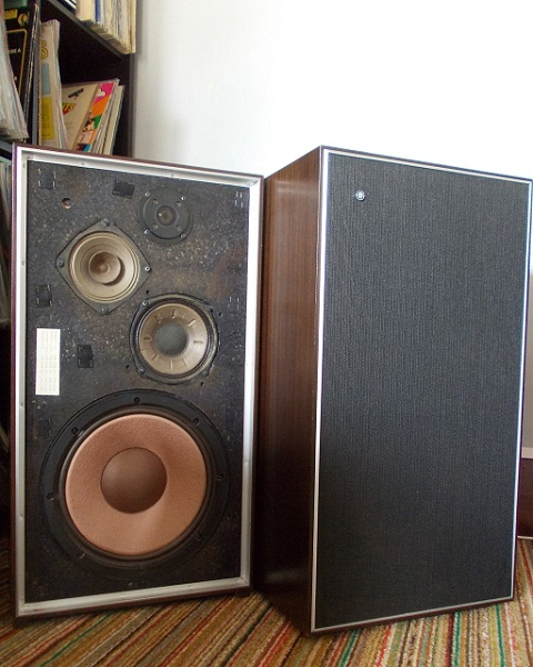 retrofunk awa studio monitor 4 for sale. Black Bedroom Furniture Sets. Home Design Ideas